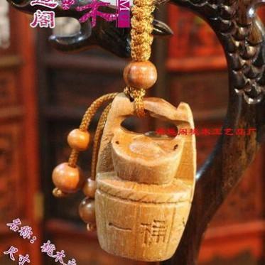桃木 鸿运阁 木雕桃木  挂件立体雕刻  一桶金黄金桶
